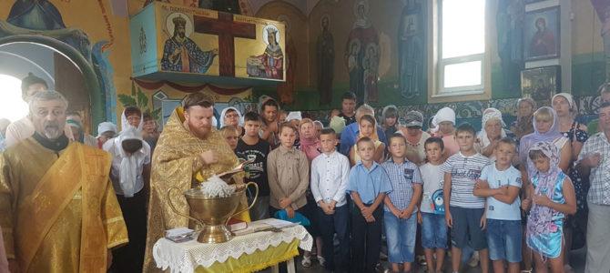 Напутствие перед учебой в Свято-Иверском храме п. Нижнегорский