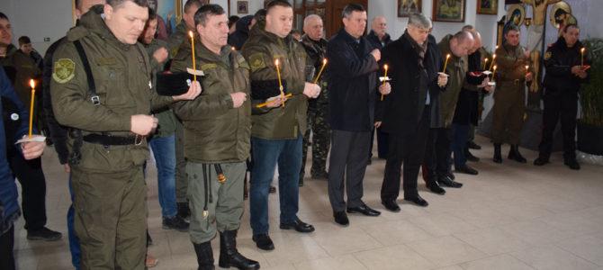 Панихида в Покровском соборе в 100-летнюю годовщину начала террора против казачества