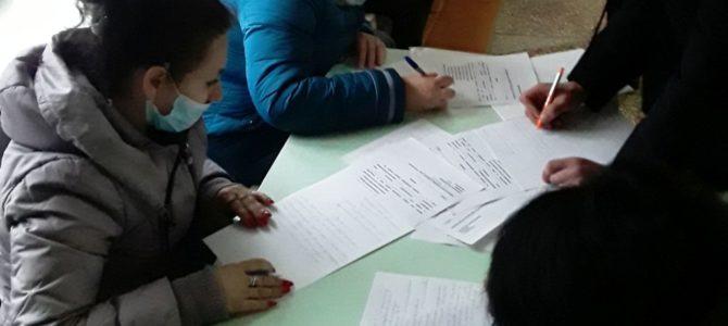 Настоятели сельских храмов Нижнегорского благочиния побывали на родительских собраниях
