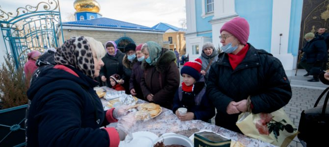 Масленица на территории Покровского кафедрального собора г. Джанкоя