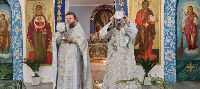 Божественная литургия в субботу седмицы 3-й Великого поста в Нижнегорском благочинии