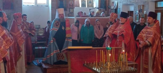 """Божественная литургия в среду Светлой седмицы в храме иконы """"Взыскание погибших"""""""