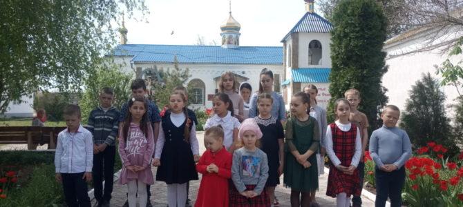 Пасхальное детское поздравление в храме св. апостола Фомы с. Воинки